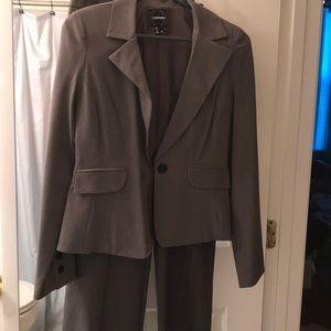 Women's dress suit
